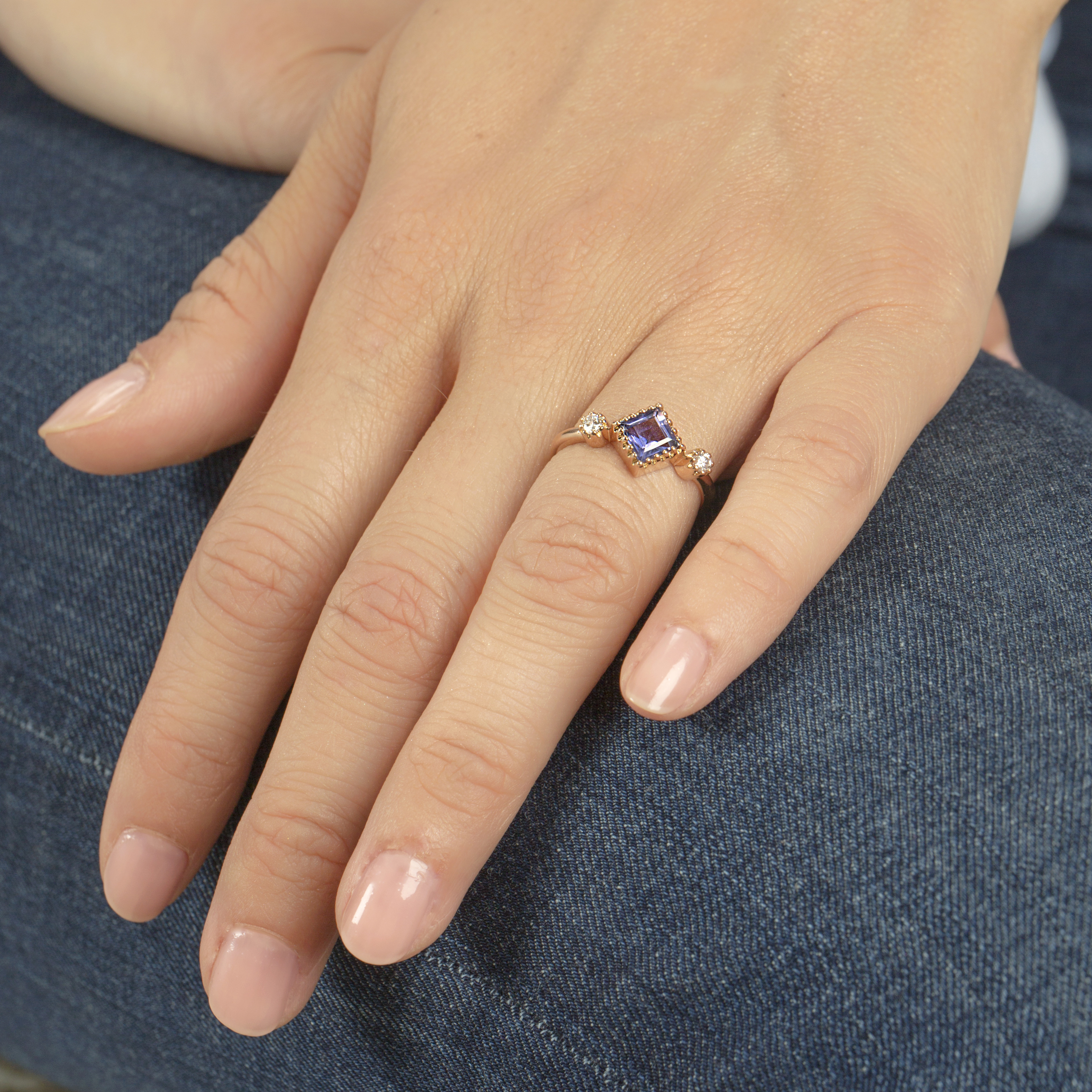 Or Rose 18 Carats, Iolite
